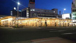 秋田駅西口バス待合所